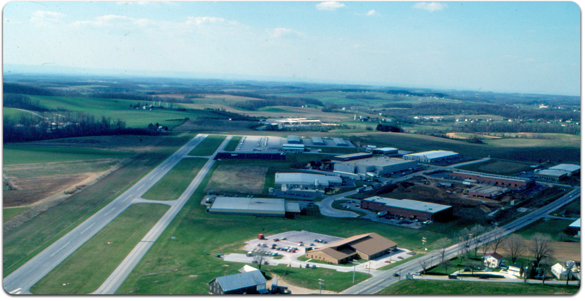airport image from 1980